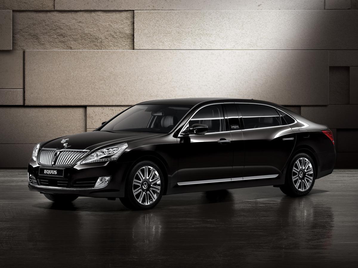 Hyundai покажет в Москве представительский Equus Limousine