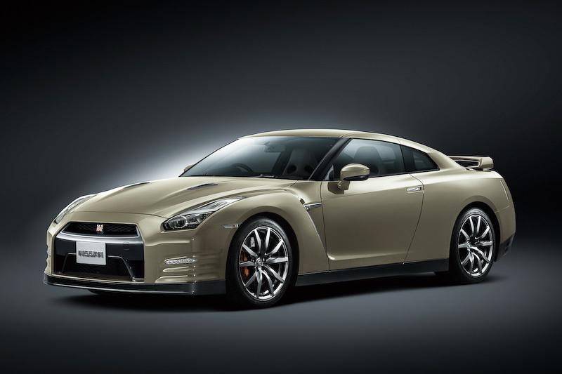 Nissan доработал GT-R для 2015 модельного года и выпустил юбилейную версию спорткара