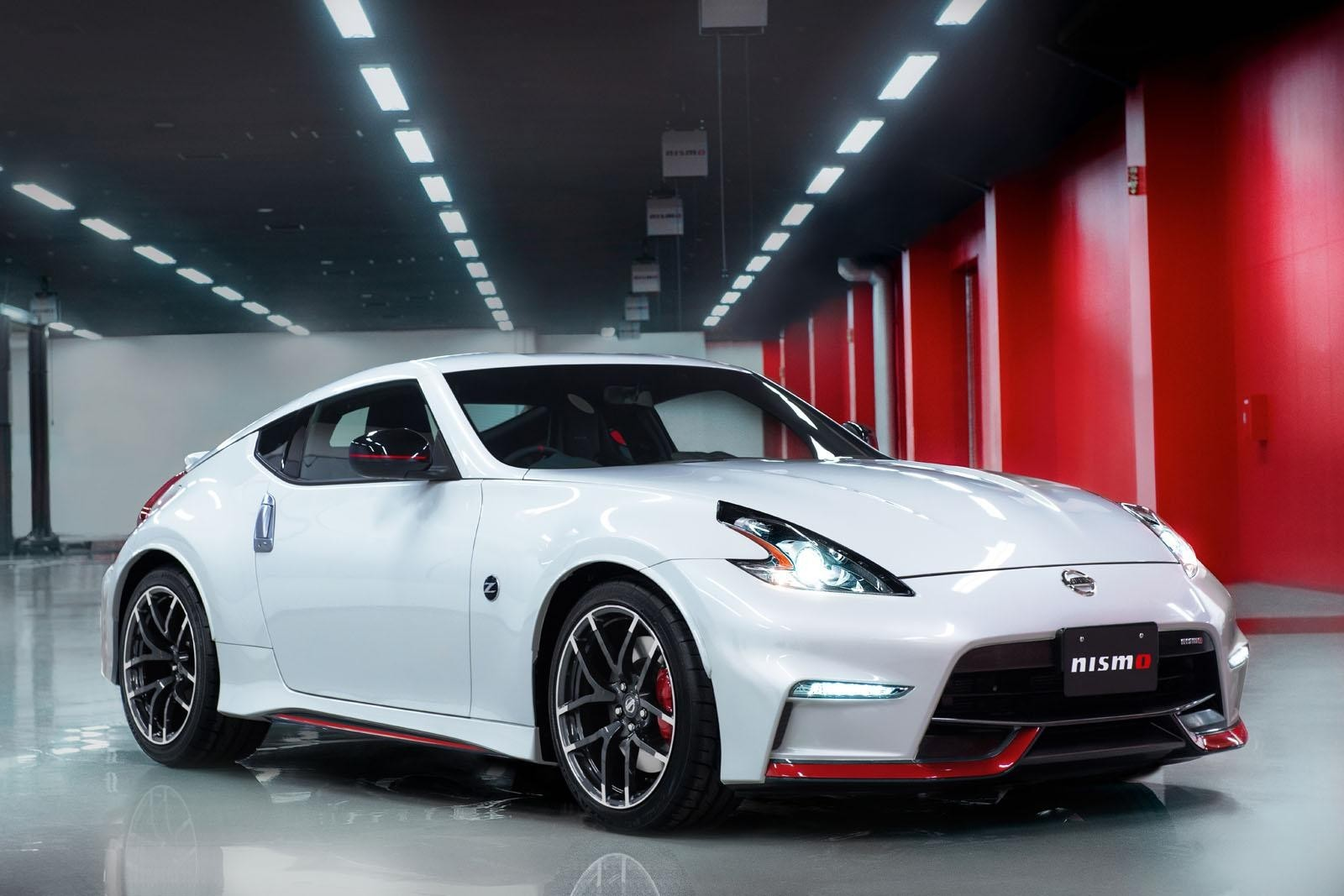 Представлен новый Nissan 370Z Nismo