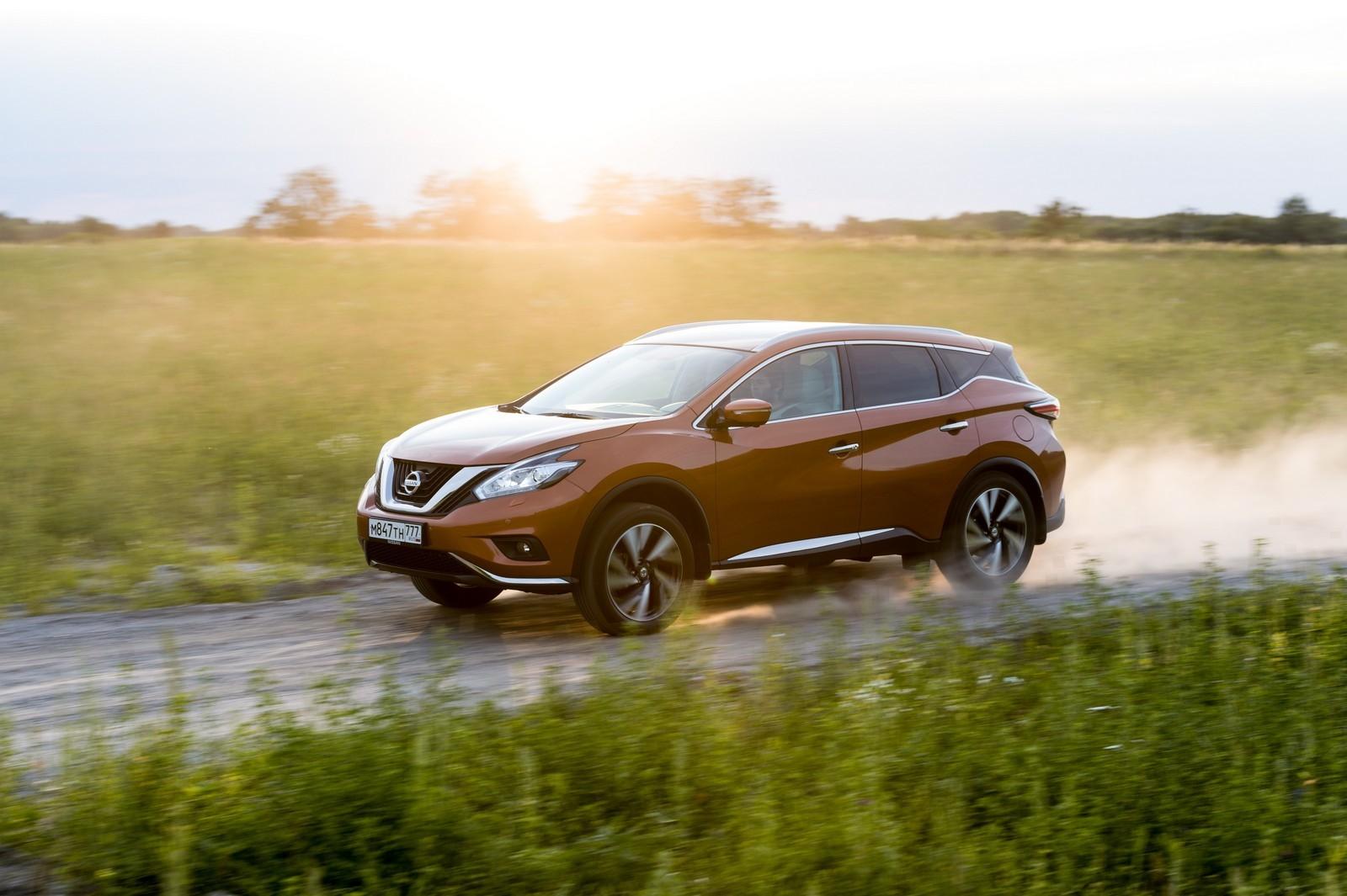 Новый Nissan Murano: от 2,46 млн рублей за передний привод и 249-сильный мотор