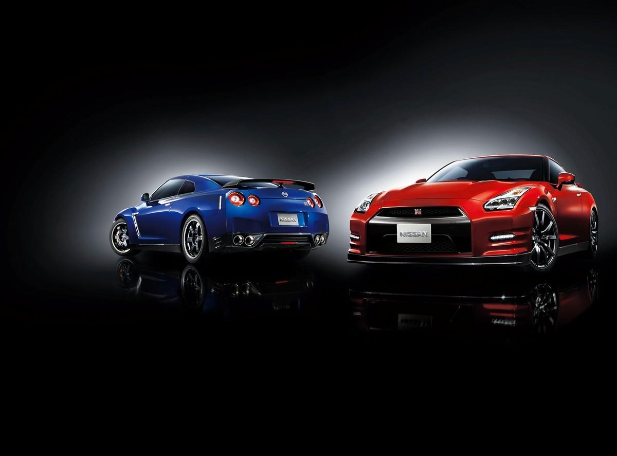 Обновленный Nissan GT-R появится в России в апреле