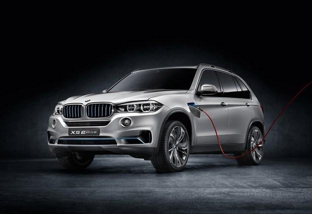 BMW покажет в Нью-Йорке X5 e-Drive